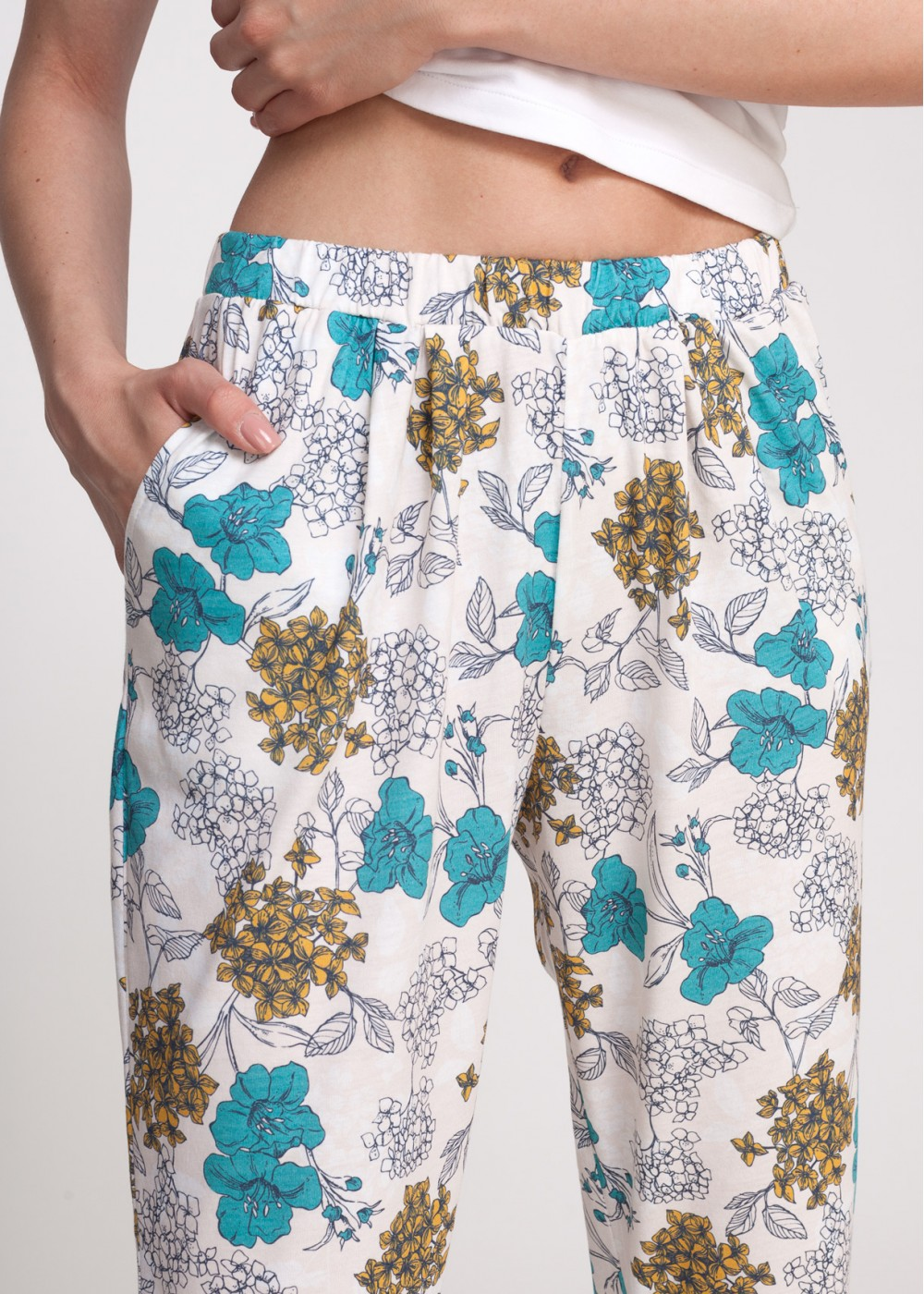 Pantalon femei CLARA